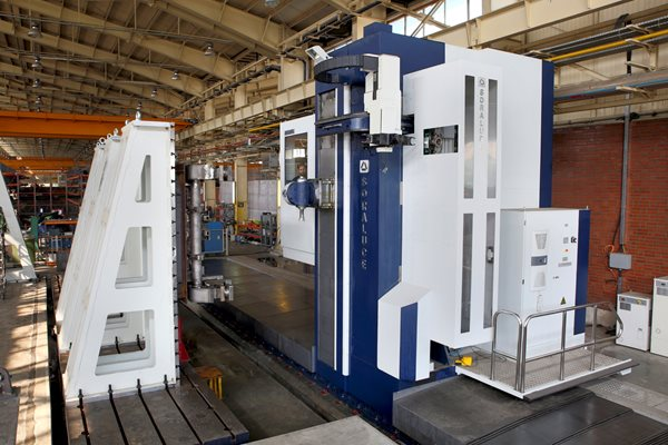 MILLING BORING MACHINE